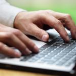 USWebDaily Fingers On Keyboard.